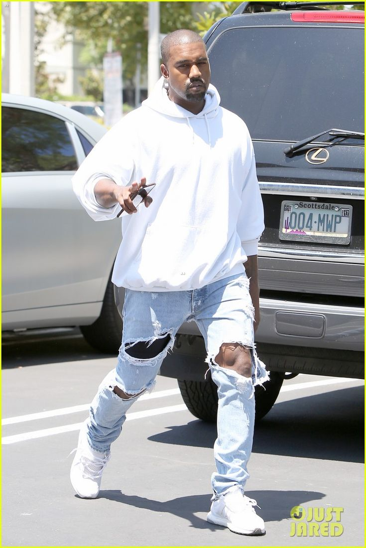 Kanye West's Wife Kim Kardashian Reveals the Source of Their 'Biggest Fight'!: Photo #3730214. Kanye West rocks a white hoodie and ripped jeans as he arrives at an office on Tuesday (August 9) in Agoura Hills, Calif.    In Sunday night's episode of Keeping…