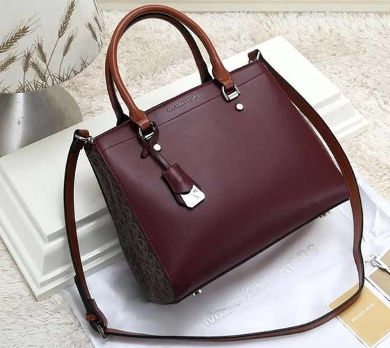 95142d12ce Click here and see our latest collection of modern and nice hand bags for  women and girls which can easily use in functions and normal routine.
