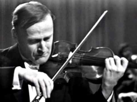 ▶ Yehudi Menuhin! Bruch Violin concerto no 1 - Menuhin, Fricsay - YouTube