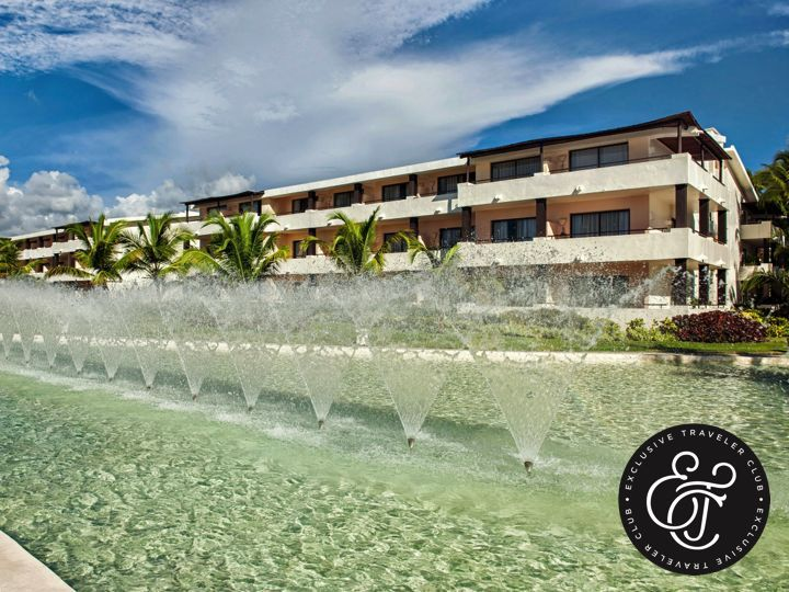 EXCLUSIVE TRAVELER CLUB. Si desea unas vacaciones llenas de tranquilidad, en Exclusive Traveler Club contamos con dos Home Resorts exclusivos para adultos: Catalonia Royal Tulum en México y Catalonia Royal Bávaro, en República Dominicana. Le invitamos a visitar nuestro sitio en internet www.exclusivetravelerclub.com/es, para conocer más sobre nuestros desarrollos turísticos y sus instalaciones, donde disfrutará del mejor trato preferencial durante su viaje. ¡Le esperamos!