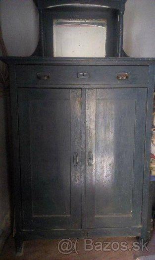 starožitný nábytok - 1