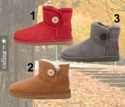 セレブ愛用者多数 ☆UGG☆ Mini Bailey Buttoned Boot☆ 秋冬には定番のUGGのショートブーツ。100%羊革を使用! 踵の後ろ部分にUGGのロゴ付き