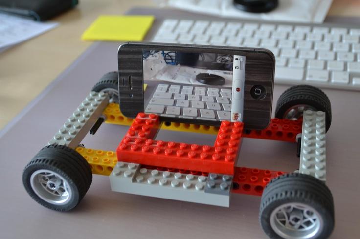 Hjemmelavet kamera dolly til iPhone - Men mit DSLR kan også komme på ;) Det er jo lego ;)