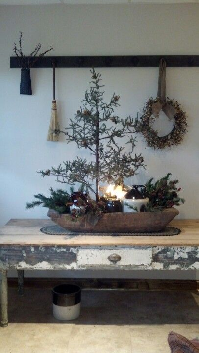 Primitive Christmas - love the simplicity of the season.