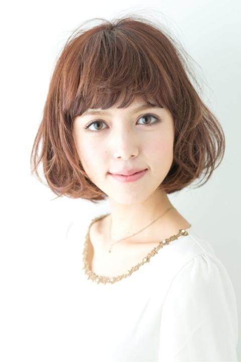 ☆BOB hair☆ yuzo hasegawa(apish) Hair Design  ボブベースのカットにふんわりパーマをランダムにかけてやわらかなイメージにします colorは全体が9トーンのアッシュ系カラー  カット+カラー+パーマ 3時間30分