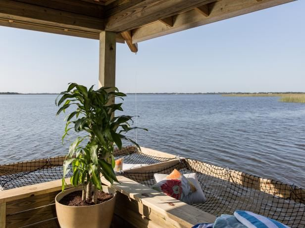Get step-by-step instructions for building a pair of hanging hammocks and create a relaxing space to lounge by the lake. From the experts at DIYNetwork.com.