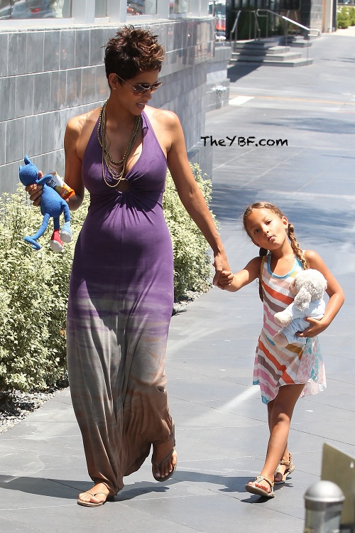 Hot Mama! 46-year old preggers Halle B and her beautiful daughter, Nahla