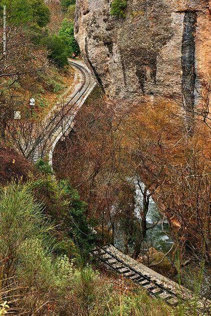 • Οδοντωτός σιδηρόδρομος, Διακοπτό - Καλάβρυτα, Αχαΐα, Πελοπόννησος, Ελλάδα • Ododotos rack railway, Diakopto - Kalavryta, Achaia, Peloponnese, Hellas ( Greece )