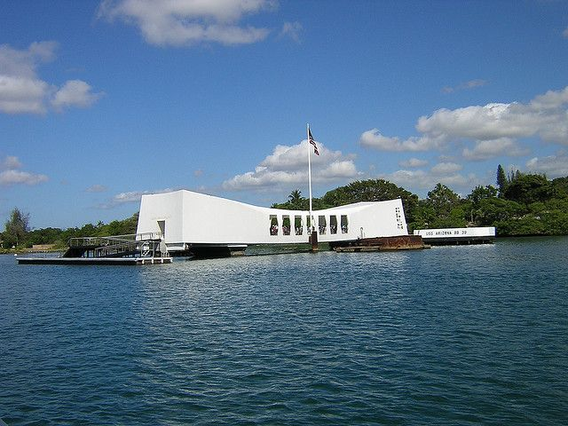 10 best free activities and sights on Oahu  USS Arizona Memorial at Pearl Harbor by Go Visit Hawaii, via Flickr