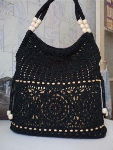 sac noir , blanc et crème