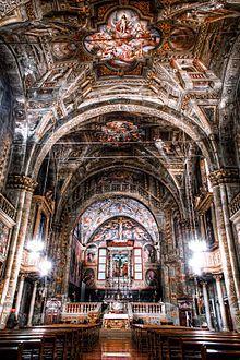 Chiesa di Sant'Agata Brescia - Chiesa di Sant'Agata (Brescia) - Interno della chiesa di Sant'Agata, dalla prospettiva risulta evidente la planimetria visibilmente storta