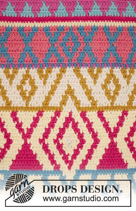 """The Trail - Crochet DROPS rug with color pattern in 4 strands """"Paris"""". - Free pattern by DROPS Design"""