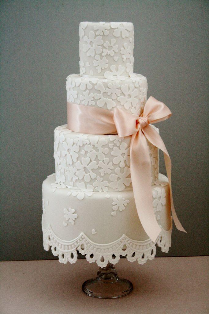 Getaway Island: Lace fringe wedding cake by Cotton and Crumbs. #vintagewedding