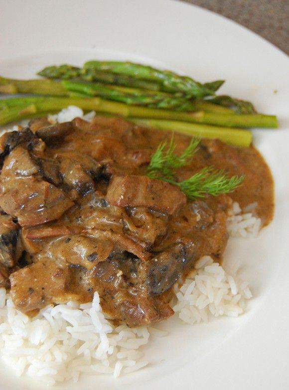 Slow Cooker Beef Stroganoff - Easy slow cooker recipe to set it and ...