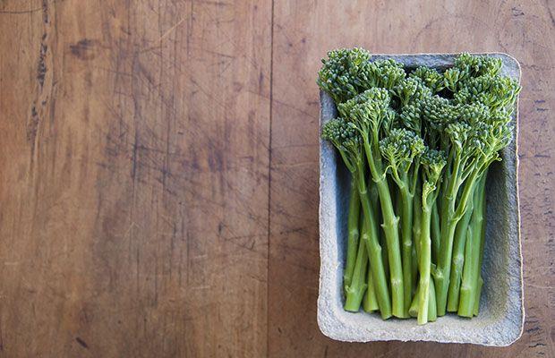 19) Broccoli http://www.rodalesorganiclife.com/food/the-20-highest-protein-vegetarian-foods/slide/3