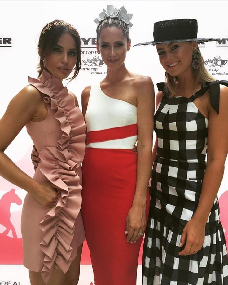 Race day attire, races dress, races outfit, fascinator, hatinator, Melbourne cup, Caulfield cup, Ascot, Derby day, Spring racing attire 2016