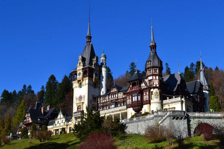 Peles Castle, Romania http://www.touringromania.com/regions/transylvania/transylvanian-citadels-and-castles/peles-castle-transylvania.html