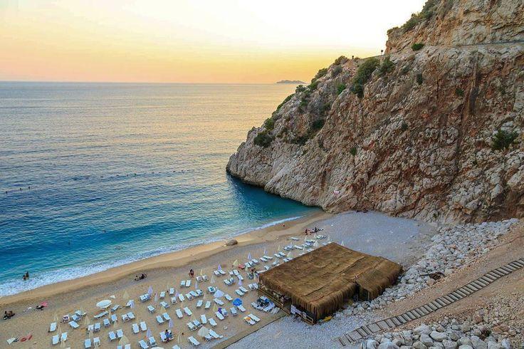 😊Kimler Kaputaş Plajı'nı özledi? ❤  #beach #plaj #sunset #günbatımı #mountains #dağ #güneş #sun #tatil #holiday #yaztatili #summer #doğa #nature #landscape #manzara #view #picoftheday #photooftheday #turkuaz #turquoise #sunshine #kaputaş #kalkan #kaş #antalya #turkey