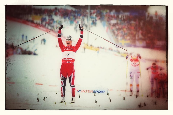 Marit Bjørgen (NOR) conquers the gold medal in the CT sprint event of Fiemme 2013, 10 years later her first World Championships' gold seized during Fiemme 2003 (sprint FT).