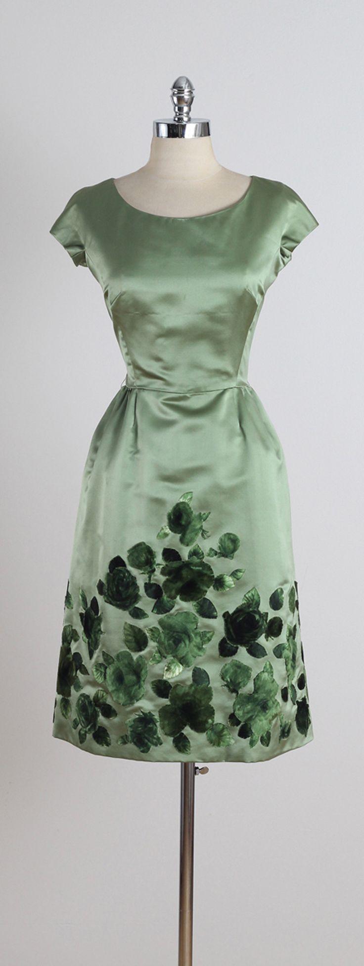 Vintage 1960s Harvey Berin Green Floral Silk Velvet Party Dress