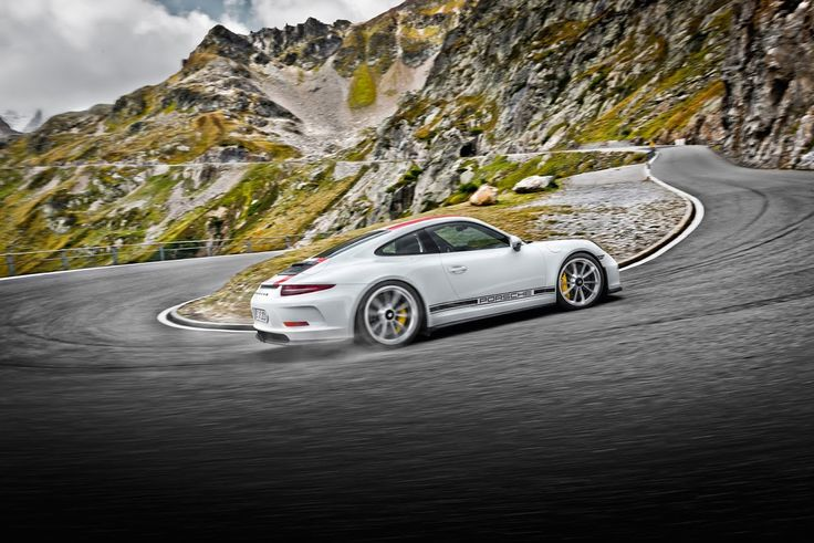 The Porsche 911 R #carleasing deal | One of the many car and van makes available to lease from www.carlease.uk.com