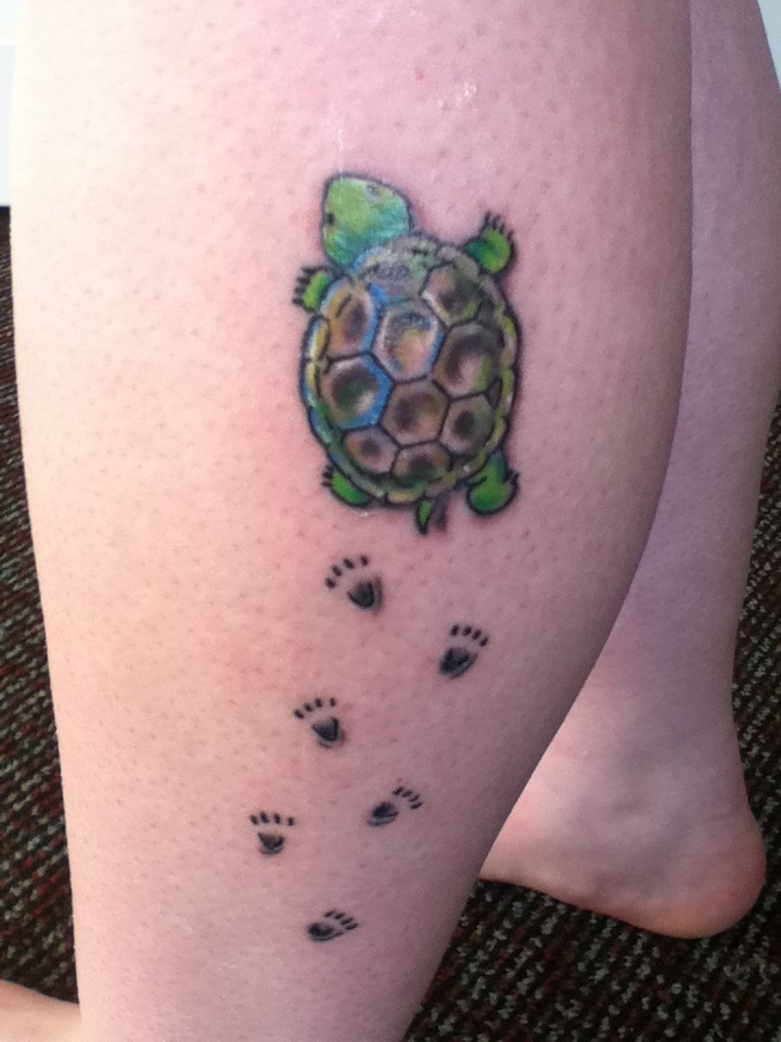 turtle tattoo <3 this gives me inspiration to have two baby turtles representing Erin & Emy heading toward the big ocean. I wonder if that could be possible?