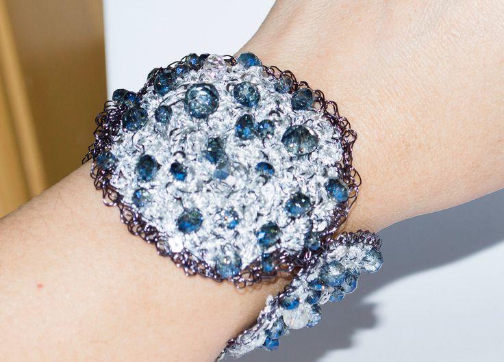 Handmade Crochet Unique Women's Bracelets Dark Blue and White Crystal Perfect with wedding dress or everyday wear by UnikacreazioniShop on Etsy