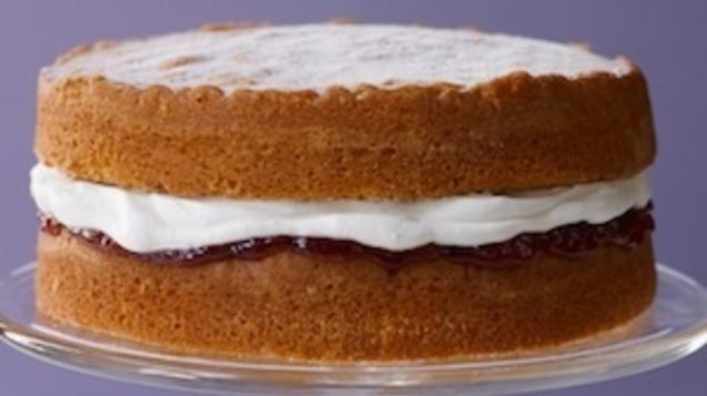 Italian Apple Sponge Cake