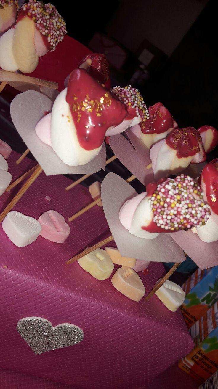 Spekjes met roze chocolade en glitter