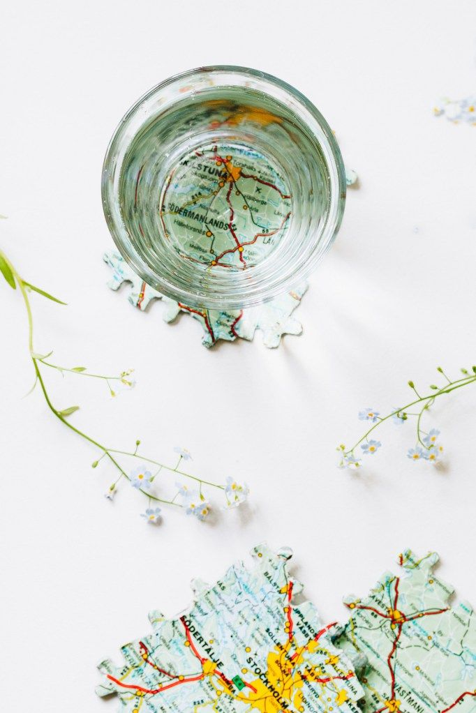 Glasunderlägg av pussel - Monthly Makers återbruk - reaktionista.se