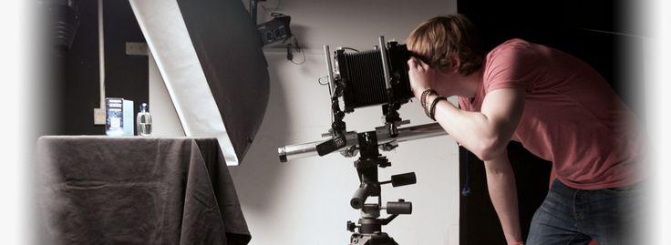 BA (Hons) Photography - University of Portsmouth 留学してた大学に写真学科あった。行きたかった・・・