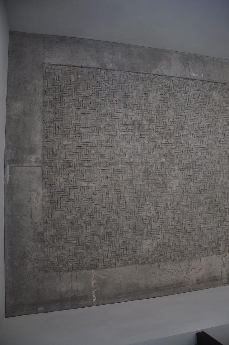 concrete 'bedeg' ceiling pattern