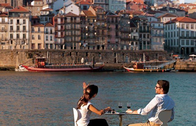 Romance in Porto, Portugal