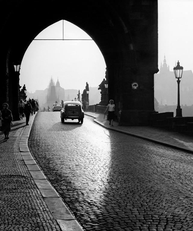 Marie Šechtlová - Charles Bridge, Prague, 1964