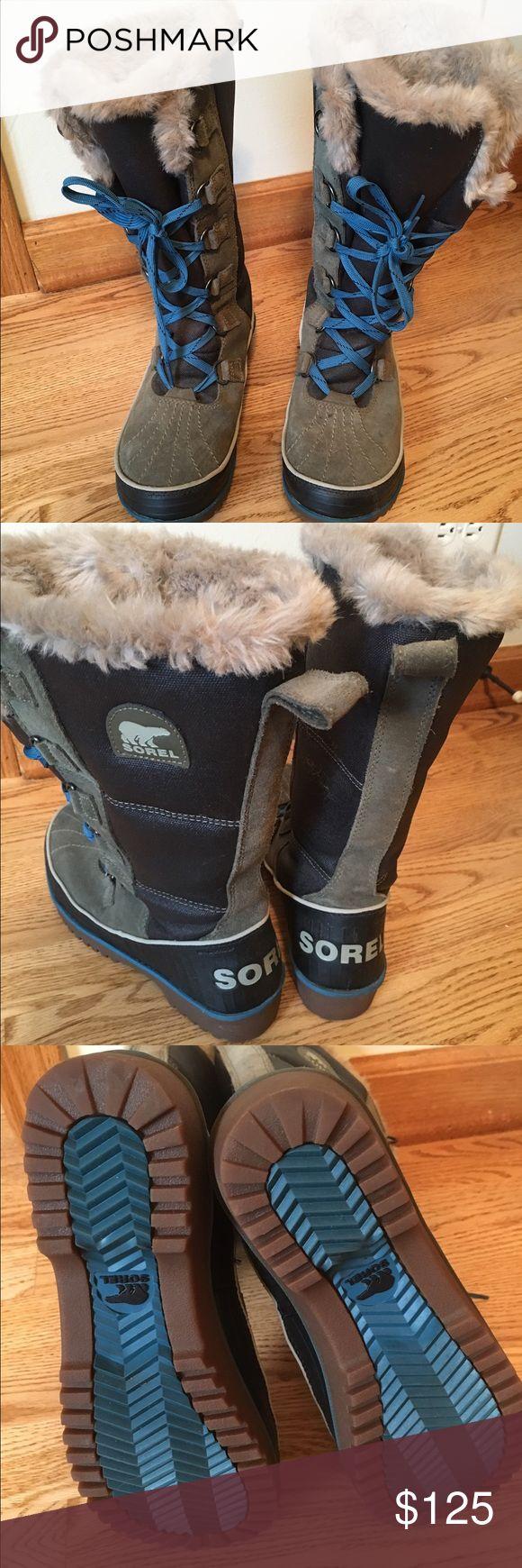 Sorel Joan of Arc Boots size 7 Women's Sorel Joan of Arc Boot size 7. Like new, only worn twice. True to size! Sorel Shoes Winter & Rain Boots