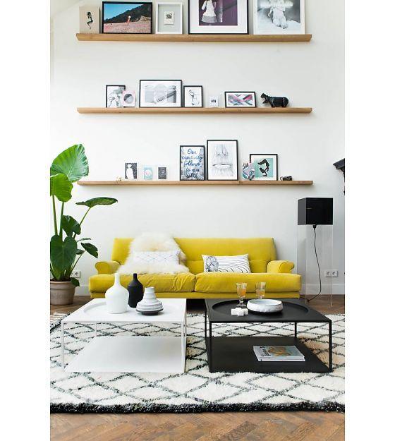 Salon style scandinave et tapis ethnique