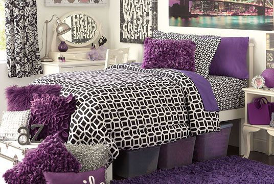 Black and purple college dorm room inspiration, spruce up for spring!