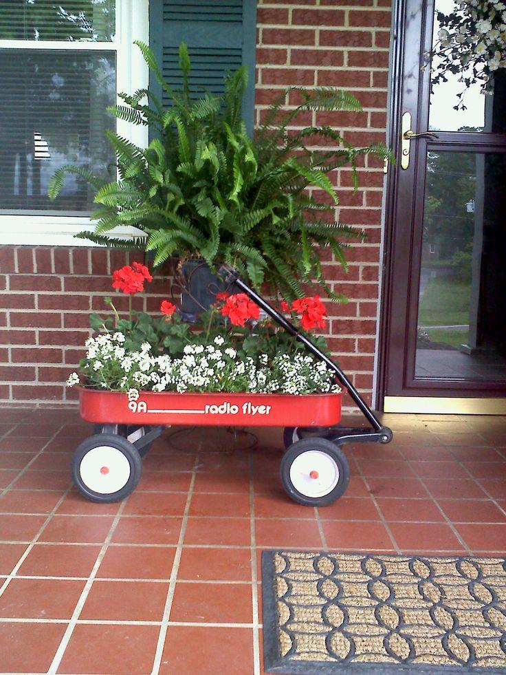 Best 25 Wagon Planter Ideas On Pinterest Red Wagon G