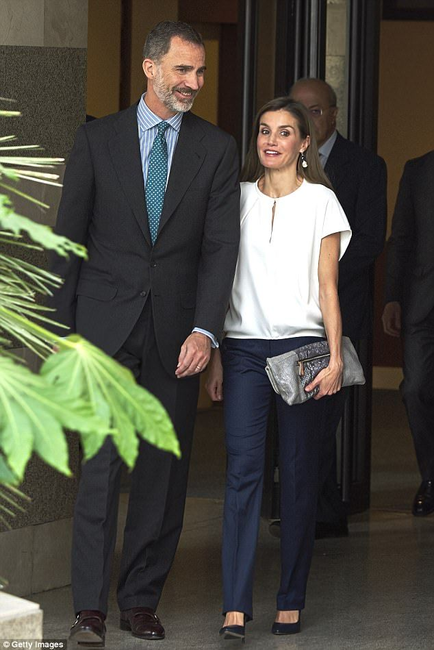 On July 27, 2017, King Felipe VI of Spain and Queen Letizia of Spain visited the 016 Telephone Hotline Central for Gender Violence Assistance (Teléfono 016 atención a víctimas de malos tratos por violencia de género) in Madrid, Spain. (Queen Letizia wore a blouse by Adolfo Dominguez, and trousers by Hugo Boss)
