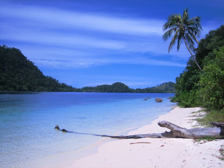 Amazing deserted islands off the coast of West Sumatra
