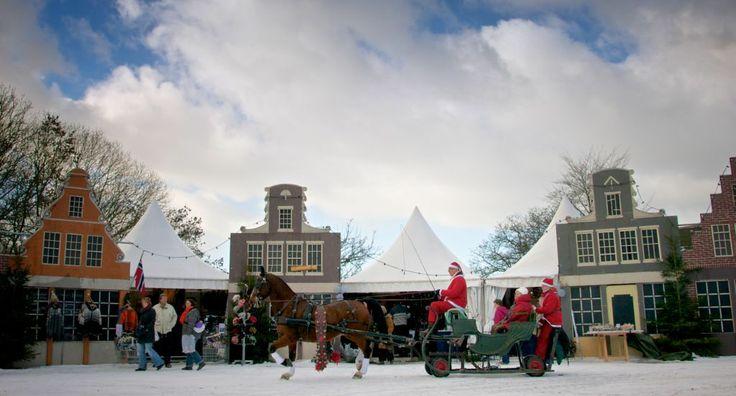 De Vuurplaets, gevelhuisjes en arrenslee op de Kerstfair op landgoed Heerlijkheid Mariënwaerdt in Beesd
