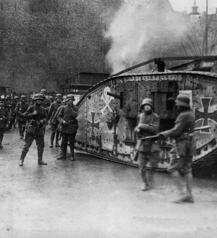 Spartacist uprising : Freikorps in action