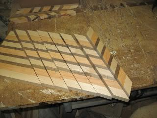 The quick and dirty instructions on how to make a zig-zag pattern cutting board. Description from lumberjocks.com. I searched for this on bing.com/images