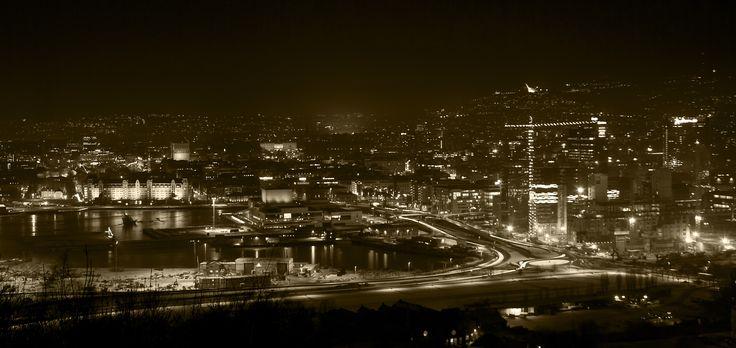 Oslo By Night- © 2011 Yngve Thoresen