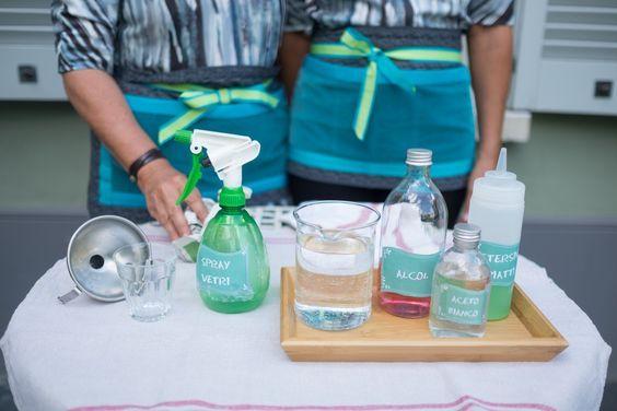 Che fatica pulire i vetri! Avete mai provato la nostra miscela? Dedicate 1 minuto alla nostra formula e quando la proverete fateci sapere!