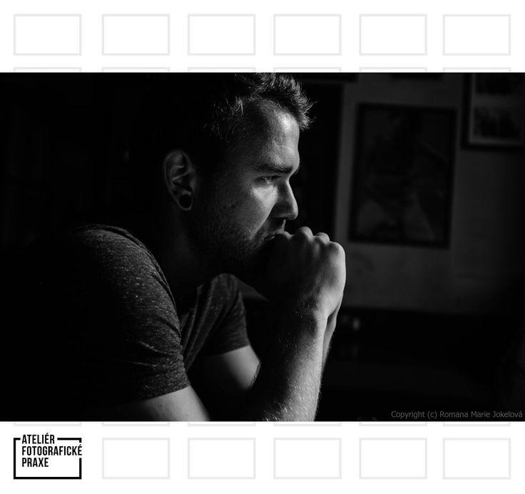 V rozhovoru s mladým fotografem z Brna Tomášem Javorkem se dozvíte, že komunikace je základem focení. http://afop.cz/blog/osobnost/desatero-pro-tomase-javorka-nejdulezitejsi-je-komunikace/ #osobnost #fotografovani #fotoaparát #workshop #fotografie #fotokurz #reklama