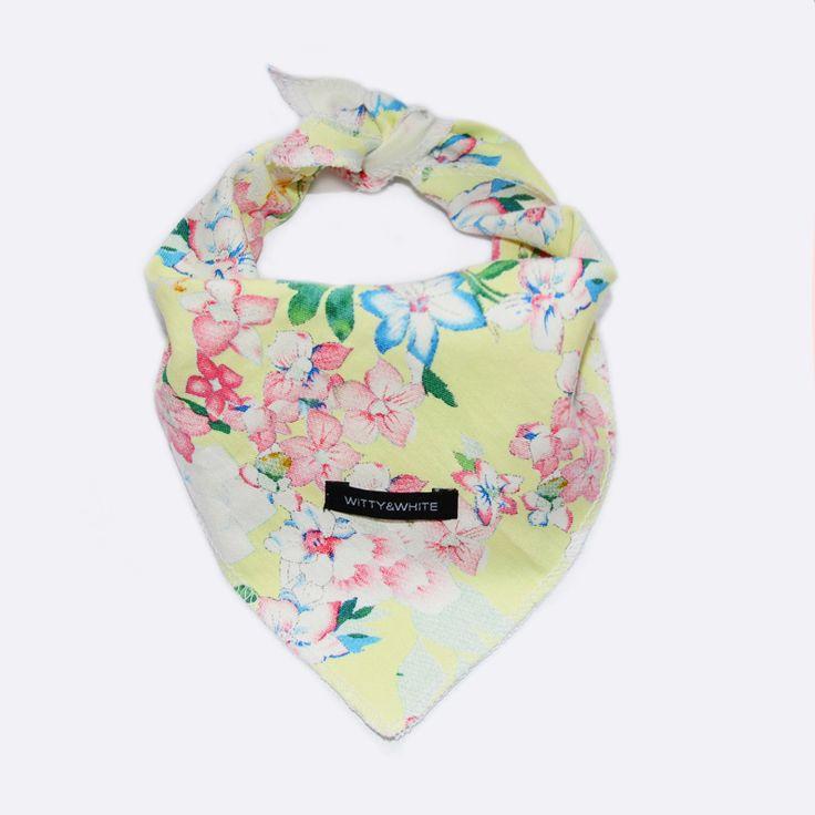 Witty&White summer Dog's bandana.