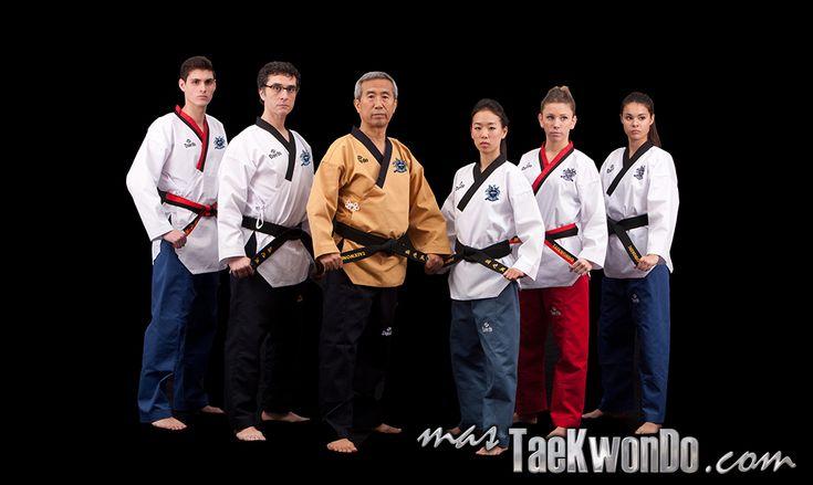 Daedo Taekwondo poomsae dobok