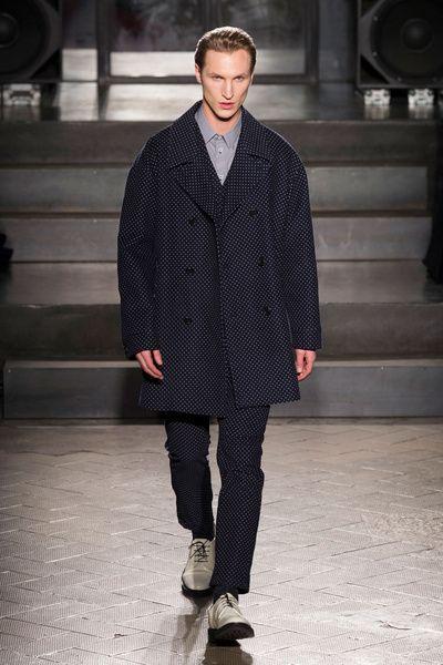 MMU FW 2014-15 – Antonio Marras See all the catwalk on: http://www.bookmoda.com/sfilate/mmu-fw-2014-15-%E2%80%93-antonio-marras/ @Antonio Marras #antoniomarras #milan #fall #winter #catwalk #menfashion #man #fashion #style #look #collection #MMU