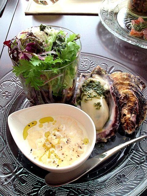 イタリアン料理教室の前菜 - 145件のもぐもぐ - トウモロコシのムース、かきのバジルソース、豆のサラダ by ririkahime